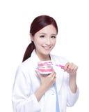 Doctor del dentista de la mujer de la sonrisa Fotografía de archivo libre de regalías