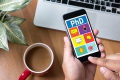 Doctor del doctorado de la graduación de la educación del grado de filosofía imagen de archivo libre de regalías