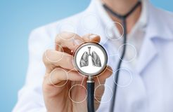 Doctor diagnoses lung . Royalty Free Stock Images