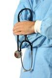 Doctor en azul con el estetoscopio foto de archivo
