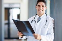 Doctor en hospital Imagen de archivo libre de regalías
