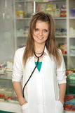 Doctor en la farmacia Imágenes de archivo libres de regalías