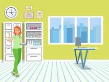 Doctor en la oficina médica Ventana con la persiana y gabinetes dentro de la clínica Muchacha en uniforme médico Fotos de archivo