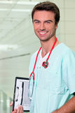 doctor hans görande rundor fotografering för bildbyråer