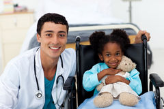 Doctor helping a sick child Royalty Free Stock Photo