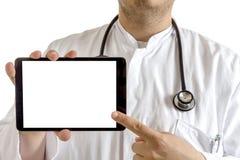 Doctor joven que presenta la tableta Imagen de archivo libre de regalías