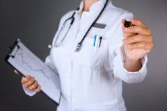 doctor kvinnlign royaltyfri bild