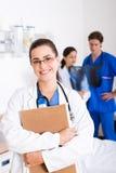 doctor kvinnlign Arkivfoton
