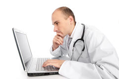 Doctor with laptop Royalty Free Stock Photography