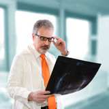 Doctor looking xray Royalty Free Stock Images