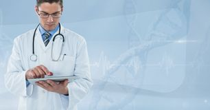 Doctor (men) using his tablet with pulsation background Royalty Free Stock Photos