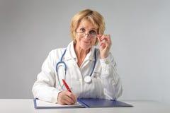 Doctor sonriente Foto de archivo