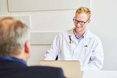 Doctor talking during consultation Royalty Free Stock Photography