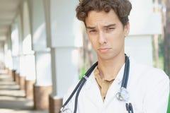 Doctor trastornado Foto de archivo libre de regalías