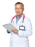 Doctor use of tablet pc Stock Photography