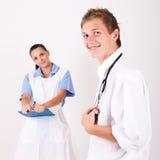 Doctor y enfermera Fotos de archivo