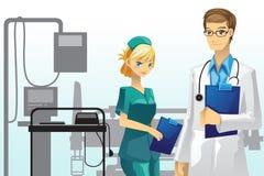 Doctor y enfermera Fotos de archivo libres de regalías