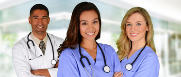 Doctor y enfermeras Foto de archivo libre de regalías