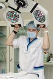 Doctor y lámpara foto de archivo libre de regalías