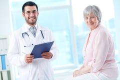 Doctor y paciente Fotografía de archivo