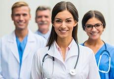Doctores en hospital foto de archivo