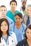 Doctores: Grupo en cuestión de profesionales médicos imágenes de archivo libres de regalías