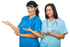Doctors women making presentation Royalty Free Stock Photos