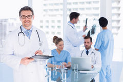 Doctors at work in medical office Royalty Free Stock Photos