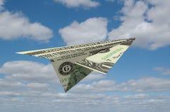 Document Aiirplane die uit Geld wordt gemaakt Royalty-vrije Stock Foto's