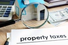 Document avec l'impôt foncier de titre image libre de droits