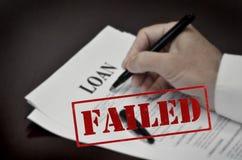 Document de contrat de prêt sur le bureau avec Pen Red Failed Stamp noir images libres de droits
