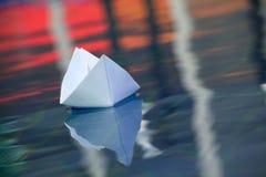 Document de dag van het boot zwembad Royalty-vrije Stock Fotografie
