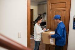 Document de signature de la livraison Photos stock