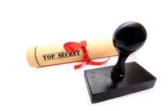 Document de tampon en caoutchouc et de top secret Images stock