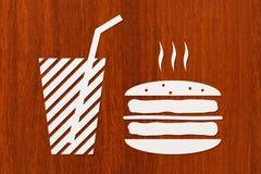 Document hamburger en drank binnen, abstract voedselconcept Stock Fotografie