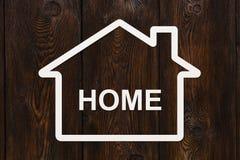 Document huis met huis binnen tekst Huisvesting, familieconcept Royalty-vrije Stock Fotografie