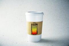 Document koffiemok met batterijillustratie Stock Afbeeldingen