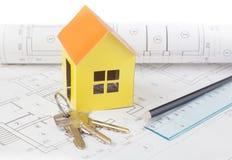 Document model van de huiskosten op het bouwplan Royalty-vrije Stock Afbeelding