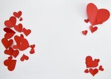 Document rode harten op witte achtergrond royalty-vrije stock foto