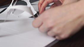 Document scherpe plotter, document eenhoorn stock footage