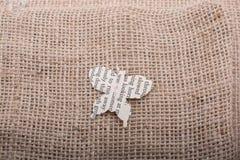 Document in vorm van een vlinder wordt verwijderd die Royalty-vrije Stock Foto's