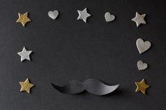 Document zwarte snor met kleine harten en sterren Royalty-vrije Stock Afbeeldingen