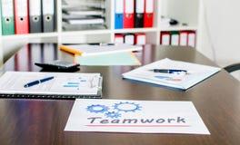 Documenten op het werk Stock Foto