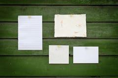 Documenti su priorità bassa di legno immagini stock