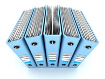 Documento azul Ring Binders del documento de Office sobre el fondo blanco Imágenes de archivo libres de regalías