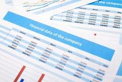 Documento de negocio datos de las finanzas Foto de archivo libre de regalías