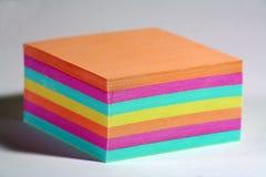 Documento di nota di colore immagini stock