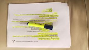 Documento e penna fotografie stock libere da diritti