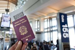 Documento europeo del pasaporte y de embarque Fotografía de archivo libre de regalías