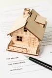 Venta de las propiedades inmobiliarias Fotos de archivo libres de regalías